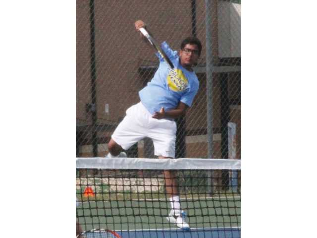 Wildcats finish third in tennis