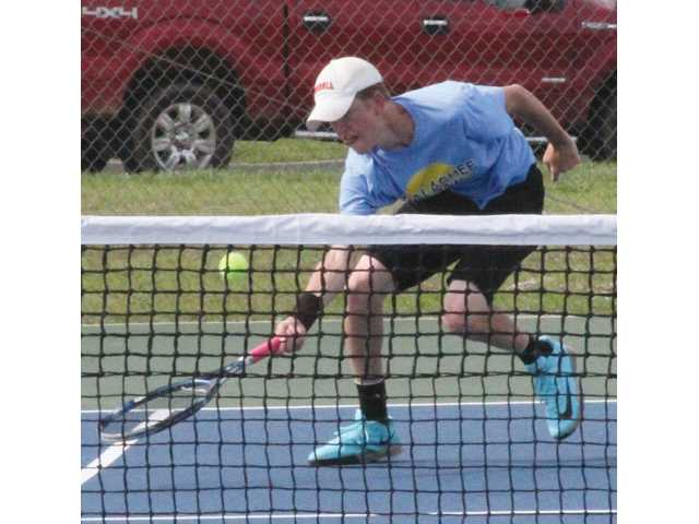 Tennis stars honored by Region 8 coaches