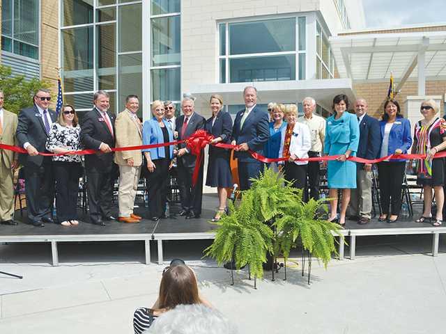 Deal cuts ribbon at new Lanier Tech campus
