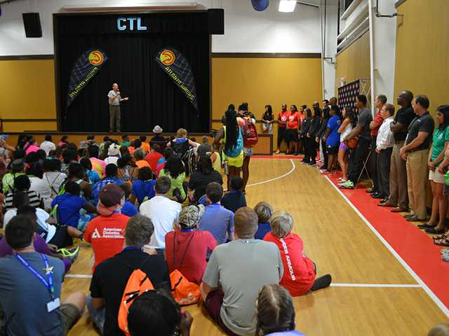 NBA team helps unveil new court at Ft. Yargo