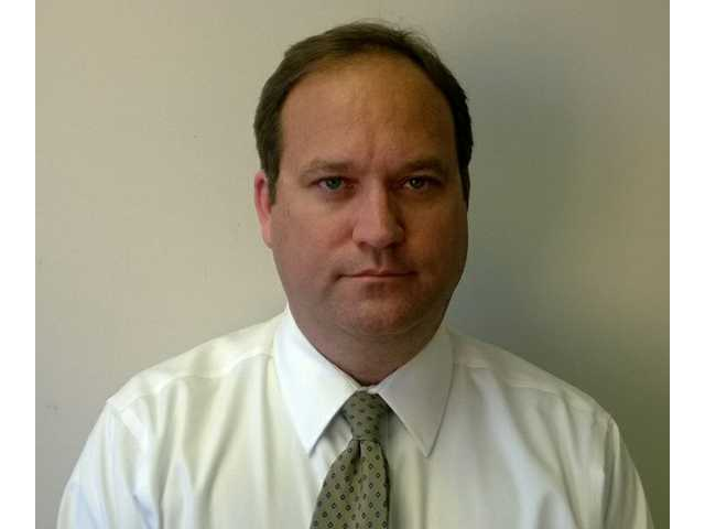 County Manager Dowling resigns