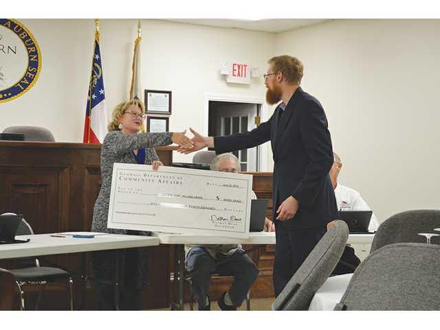 Auburn receives $550K grant