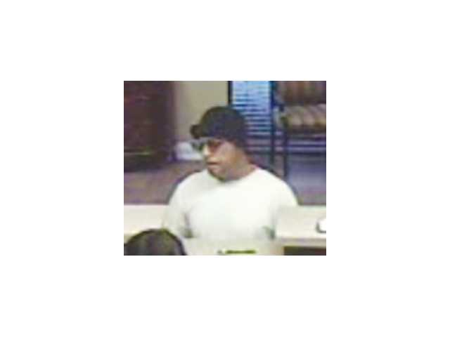 Man robs Winder bank with note