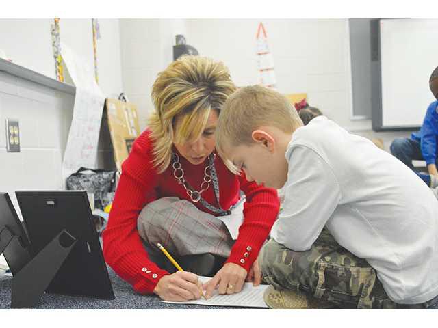 Auburn Educator lauded for fun methods, dedication