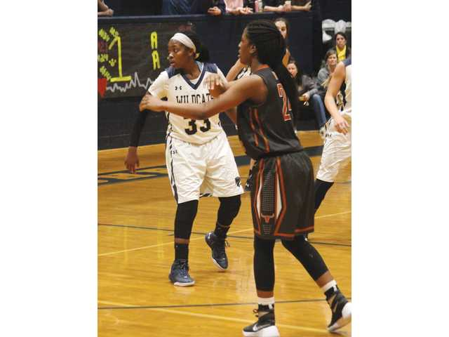One strong quarter not enough as Lady Wildcats fall to Lanier