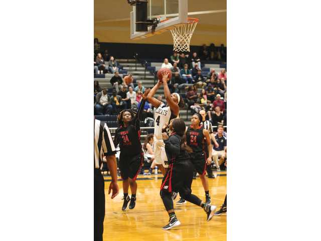 Lady Doggs win seventh straight over Apalachee