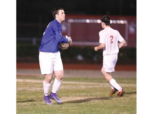Soccer Doggs drop tight game against Gainesville in penalty kicks