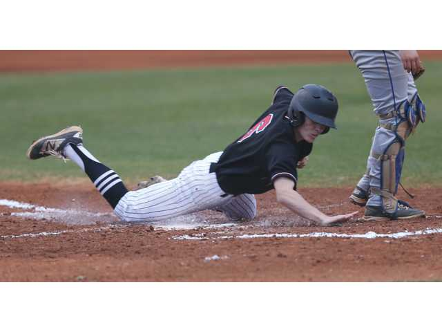 Diamond Doggs end the week with two wins