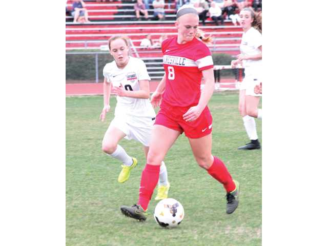 Gainesville blanks Lady Dogg Soccer