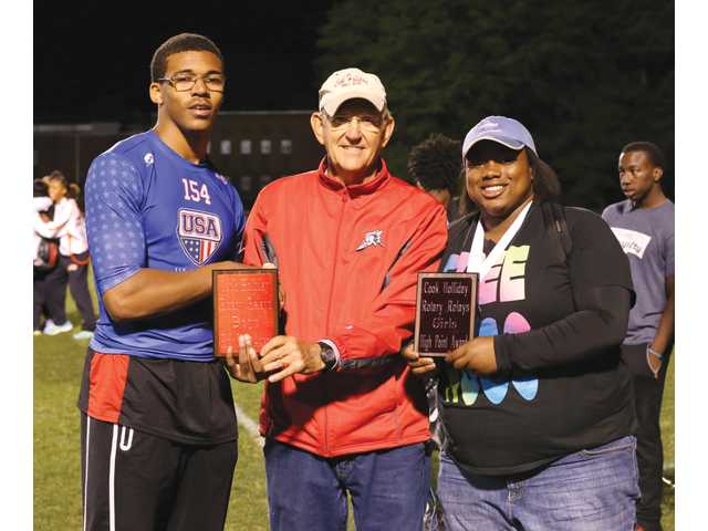 Winder-Barrow's men win hosted Cook Holliday meet, several Lady Doggs excel