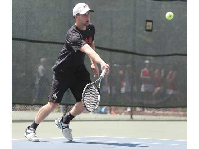 Apalachee defeats Winder-Barrow in All-Barrow final to win men's Region 8-AAAAA tennis championship
