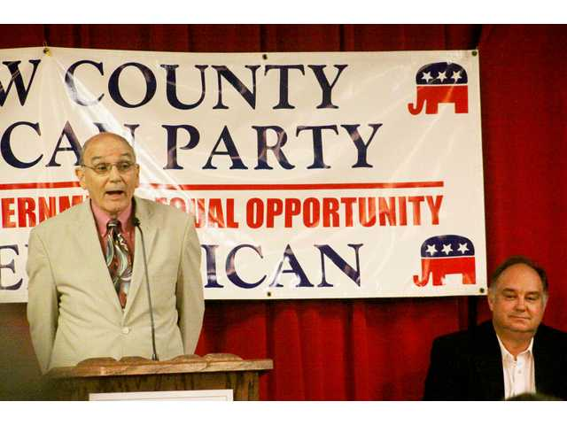 Barrow County Commission candidates Shook, Brown critical of each other's record during forum
