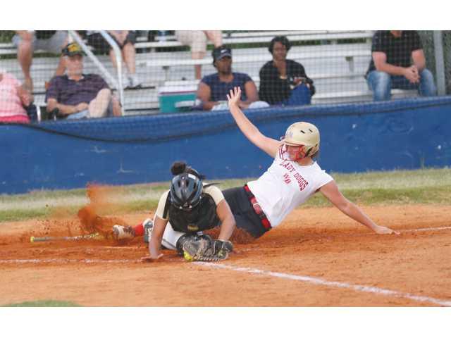 Apalachee and Winder-Barrow showcase their future softball talent in JV summer games