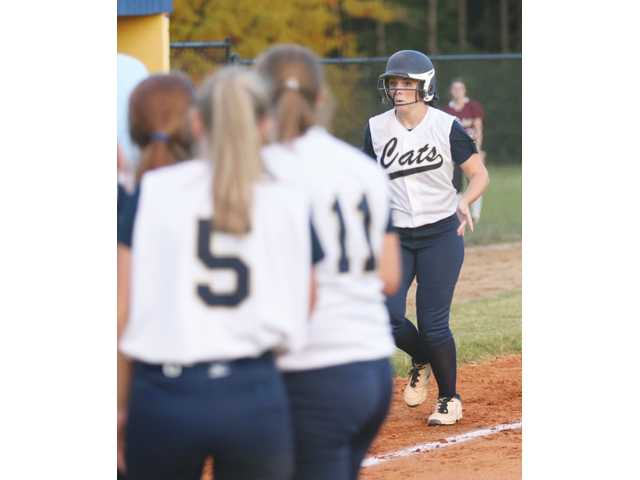 Bradach and Leverette train for their first college sports seasons