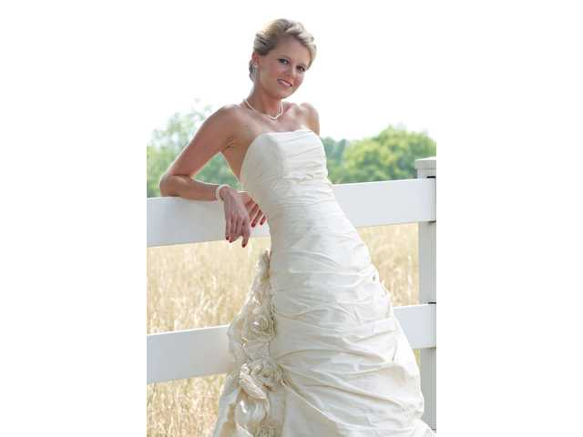 Miss Neal, Mr. Stegner wed