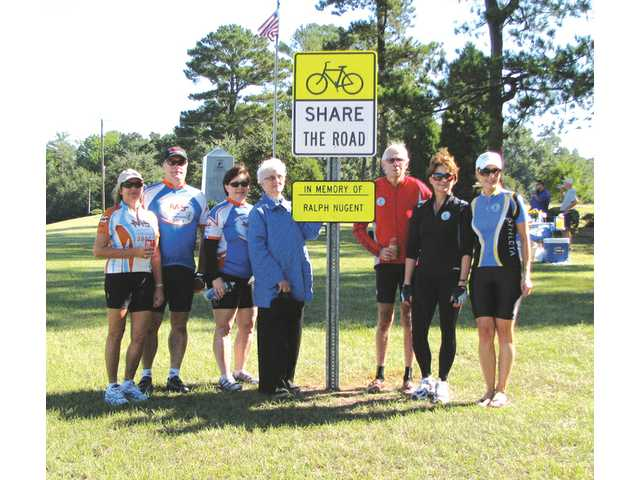 Cyclists ride to honor late biking safety advocate