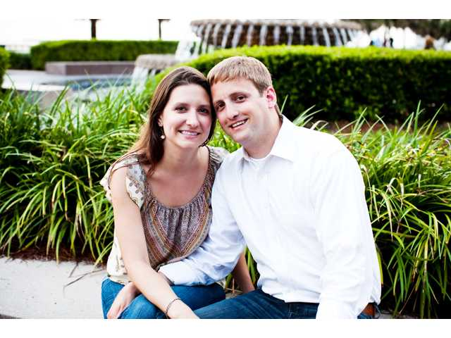 Miss Myers, Mr. Coggins  plan spring wedding