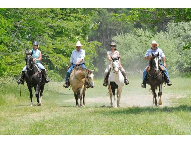Spring riding ritual to benefit SCTRF, Historic Camden