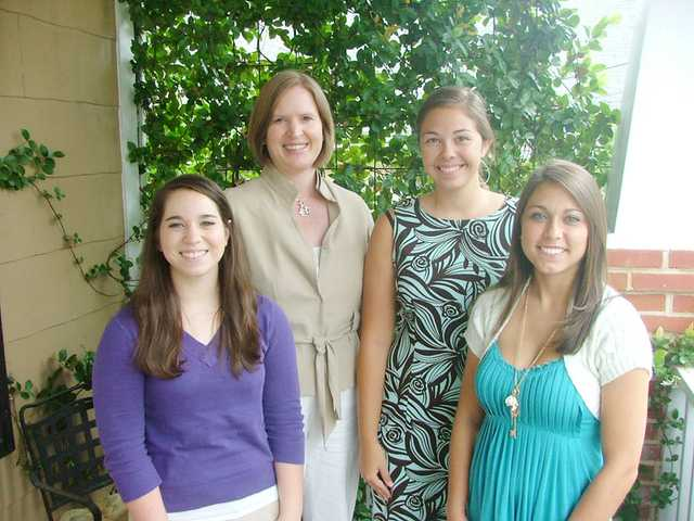 Three Kershaw County seniors recieve Leadership Scholarship