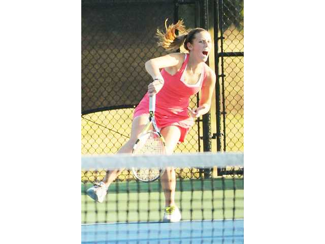 Lady Bulldogs edge Dreher in 3A tennis opener
