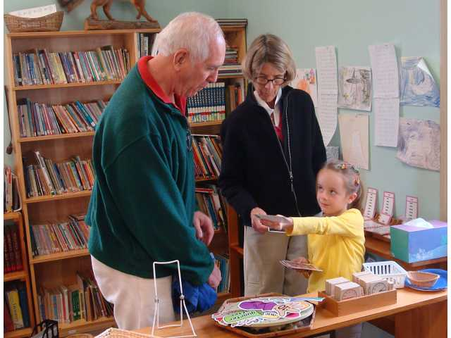 Montessori School welcomes grandparents