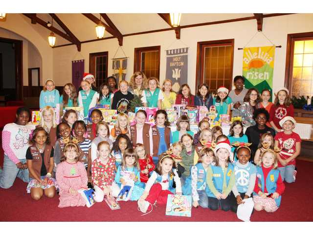 Local Girl Scouts collect gifts for Toys for Tots