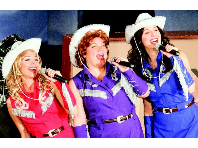 'Honky Tonk Angels' to appear on Wood Auditorium stage