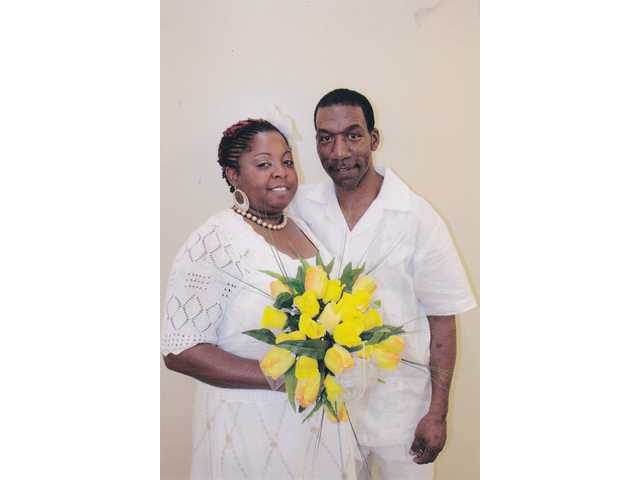 Ms. Green, Mr. Robinson wed