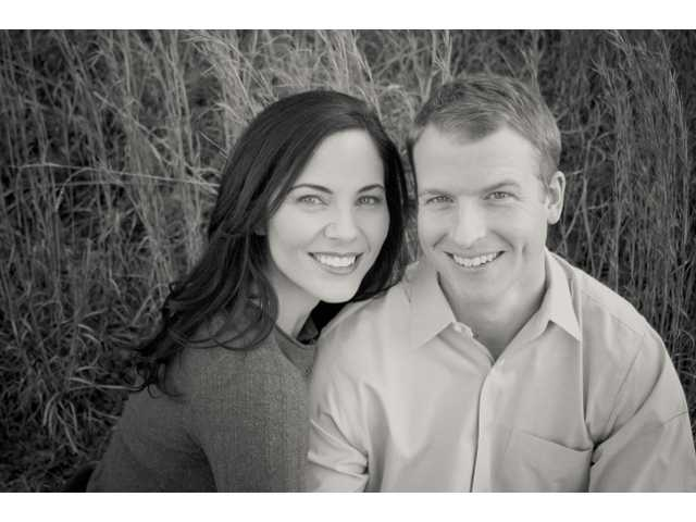 Miss Nye, Mr. DuBose plan fall wedding