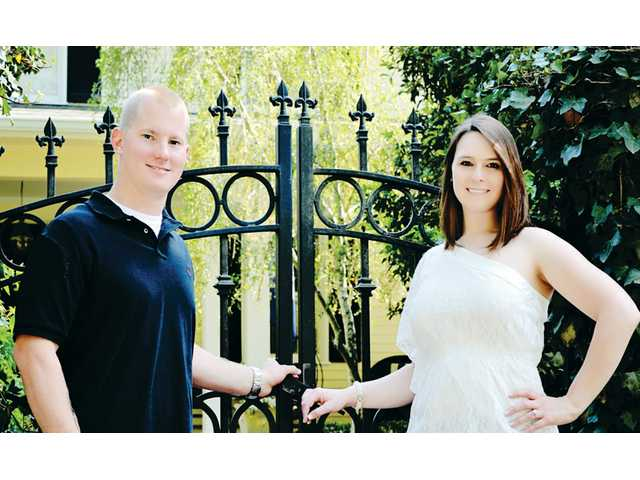 Miss Simenson, Mr. Tolbert to wed in September