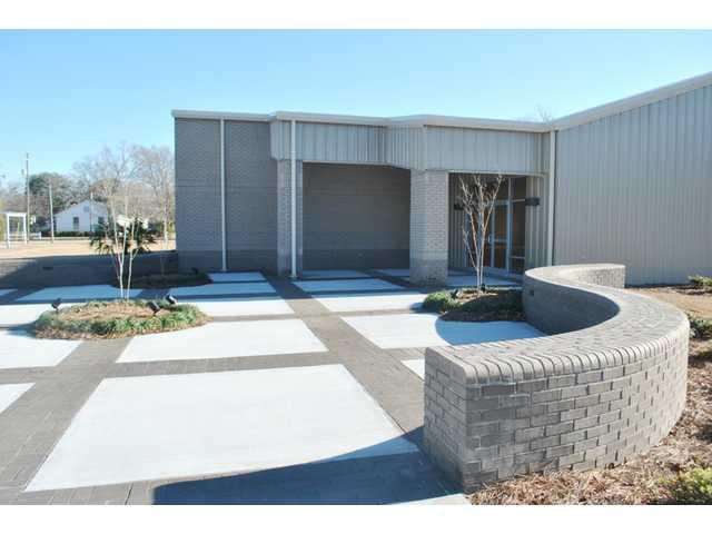 New Bethune Rec Center opens its doors