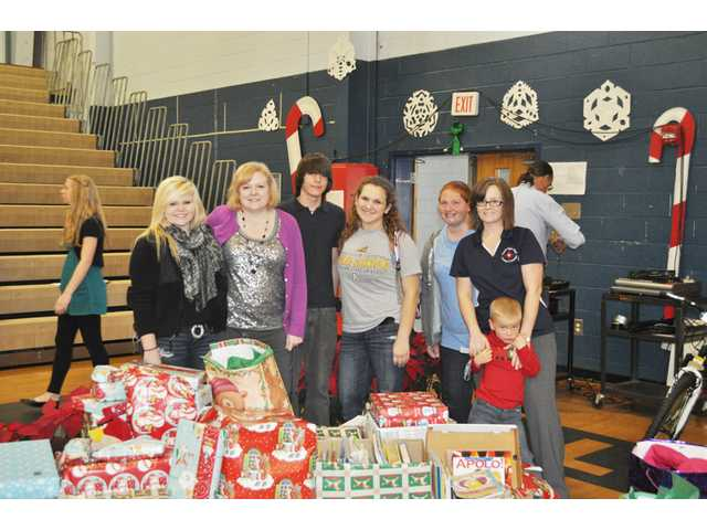 Reach out and Read receives donations from L-EHS
