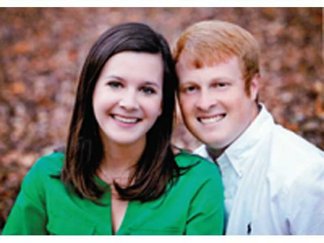 Miss Meredith Little & Mr. John Floyd to wed in August