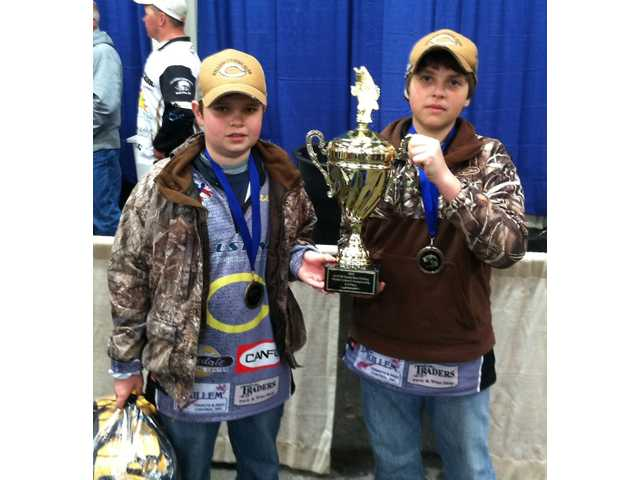Camden Middle anglers take third in state