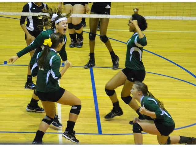 Lady Knights take third in Sumter Spike-Off