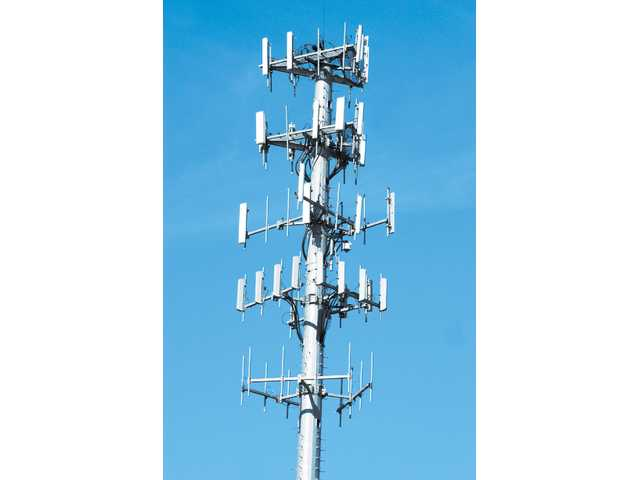 LWA: lake area needs more cell phone towers