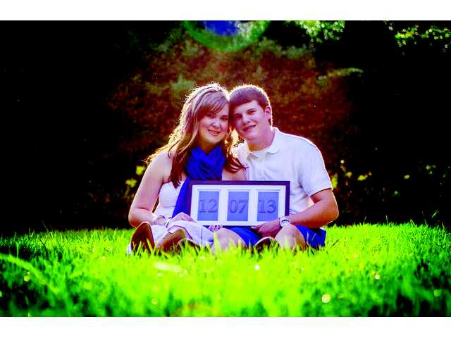 Sarah Elizabeth Robinson and Jeremy Seth Truesdell to be married