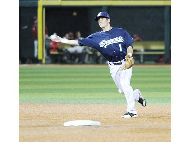 Trio of pro players to head up baseball camp