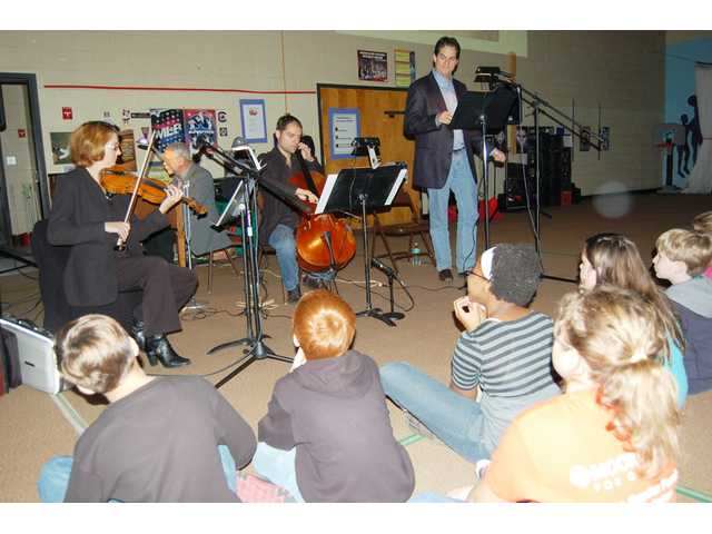 Upton Trio wraps up KCSD program