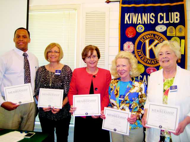 Kiwanis Club of Camden welcome new members