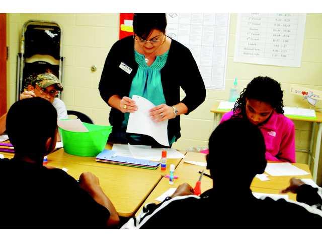 Lugoff-Elgin Middle School adds co-teaching