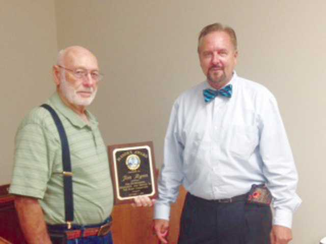 Jim Ryan awarded Elgin Mayors Award