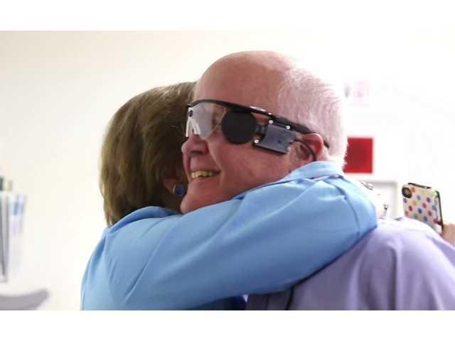 Bionic eye lets blind see light