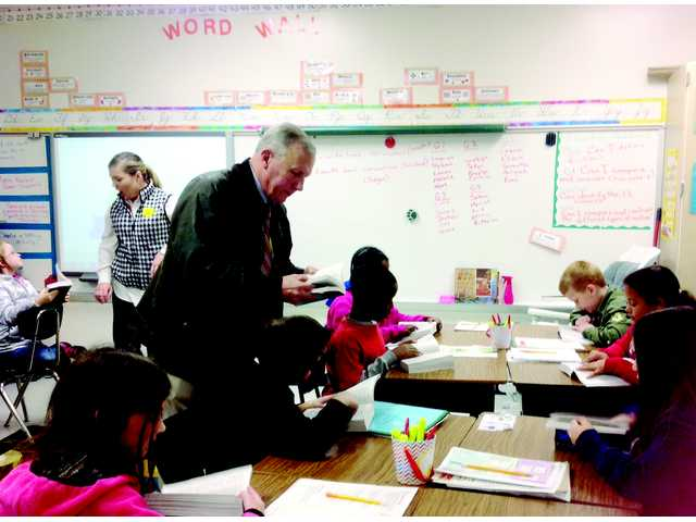 PTH 3rd graders get dictionary donation
