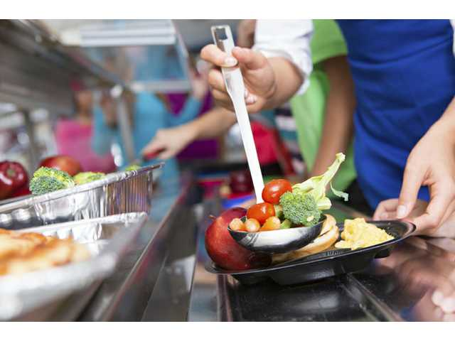 Study: kids rarely eat school lunch veggies