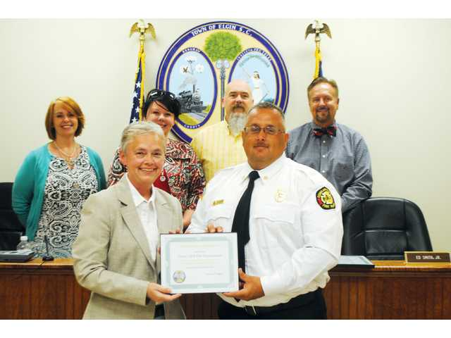 Elgin council thanks emergency responders to fire
