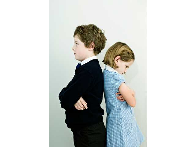 Parents' comparisons widen sibling differences, study says