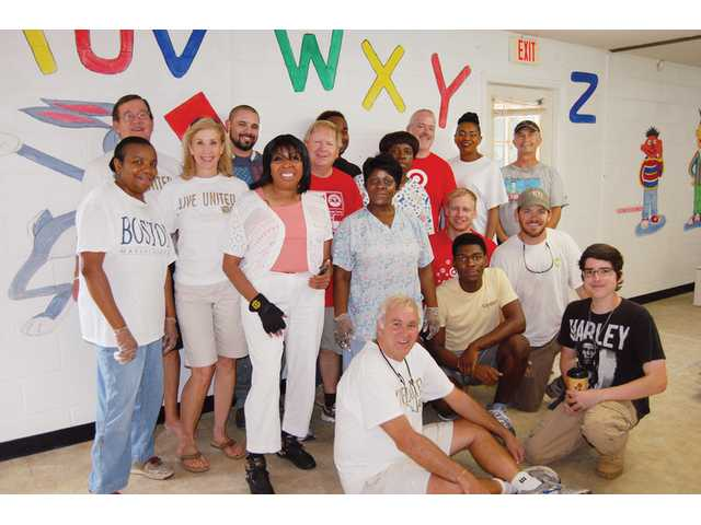United Way, local businesses team up for renovation