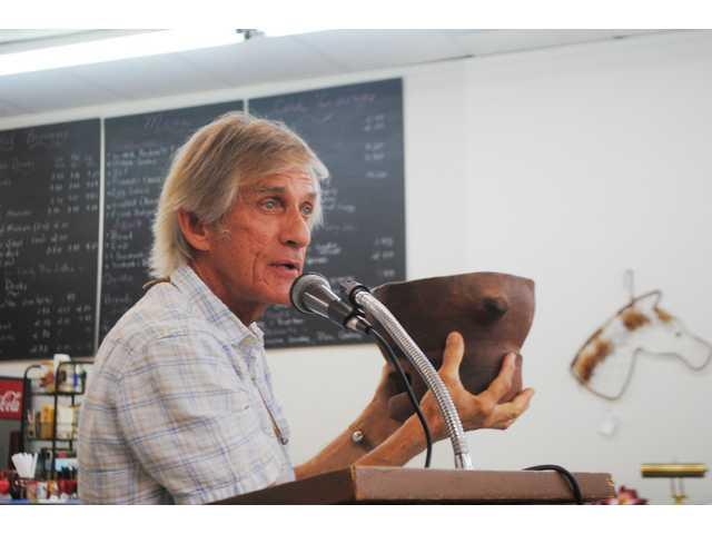 Naturalist Tom Mancke visits Golden Club