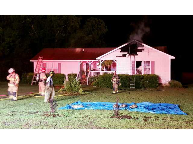 Lightning causes house fire in Lugoff